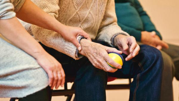 CBD Creme gegen Arthritis